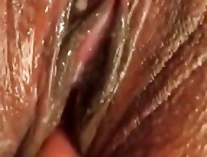 Genie-Lee pussy creams ,bubbles , and squirts